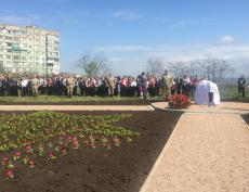 Заложен памятный камень на месте установки флагштока «Знамя Победы»